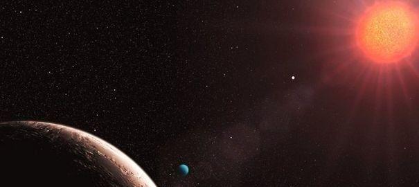 872324_photo-fournie-par-l-observatoire-austral-europeen-eso-en-2009-montrant-la-planete-gilese-la-plus-legere-des-exoplanetes-decouverte-jusqu-ici[1]