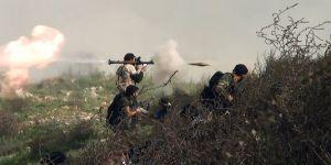 3477975_3_27d6_des-rebelles-envoient-des-grenades-sur-les_2b462953cd5c3194f75f037a630319cc