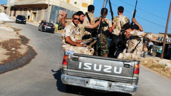 membres-de-l-armee-syrienne-libre-opposants-a-bachar-al-assad-10737204fluak_1713