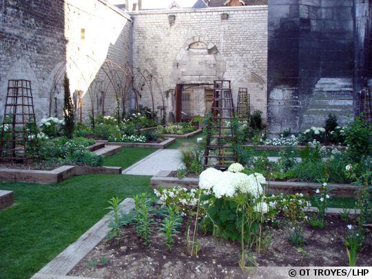 jardin-innocents-troyes-540x405
