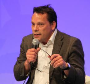 Philippe Estèbe : La fin des économies territoriales ? La mondialisation fabrique desgrumeaux
