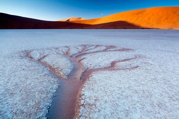 admirez-le-magnifique-desert-de-namibie-grace-a-ces-fantastiques-photographies42