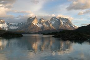 Fluctuations climatiques : Les glaciers tropicaux réagissent différemment des glaciersalpins