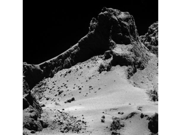 Tchouri photographiée par Rosetta à huit kilomètres de distance