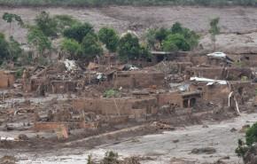 Brésil : des boues toxiques ravagent le fleuve RioDoce