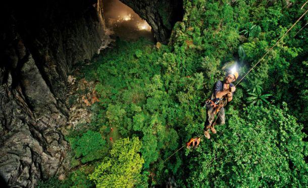 hang-son-doong-cave-vietnam1-810x494